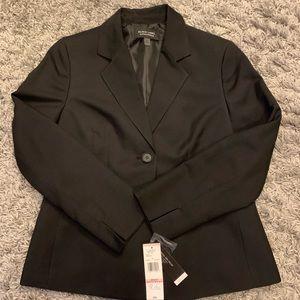 Women's 2 button blazer